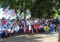 Tey camina Real Centenario y se reúne con vecinos de Prados de la Villa