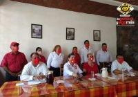 Presenta Valentín Contreras del PT su planilla al cabildo en Armería