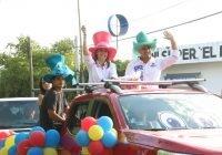Caravanas de Margarita Moreno llevan alegría a las niñas y niños de la capital