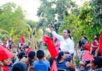 Se reune Martin Pinto con integrantes de antorcha campesina en Cofradía de Morelos