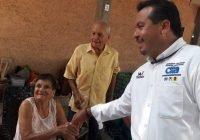 Trabajaremos en los Servicios y seguridad, es el principal clamor de los tecomenses, señala Chamuco Anguiano