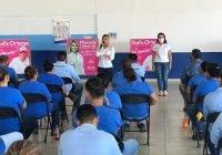 Apoyo a jefas de familia y jóvenes trabajadores ofrece Marcela Chavarrías