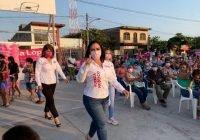 Sonia López cierra campaña en el distrito 15 de Tecomán