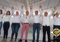 Virgilio Mendoza sostiene Foro Deportivo en Manzanillo