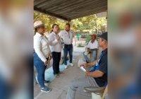 Yolanda Llamas sigue recorriendo con todo las colonias de Tecomán