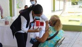 Vacunas contra Covid-19 tienen más del 95% de eficacia: Salud
