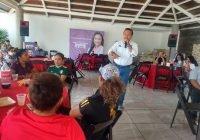 """Promete """"Chamuco"""" Anguiano rescatar el deporte en Tecomán"""