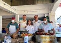 Lupita Vidales y Martín Pinto visitan a comerciantes y habitantes de Tecomán