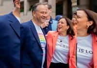 Kamala Harris se une a marcha del orgullo LGBT+ en Washington