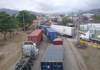 Operadores fijan postura y señalan a culpables del caos vial en el Puerto de Manzanillo