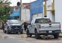 A mano armada asaltan empresa Jugó Tex en Tecomán; se llevan celulares y efectivo