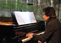 Ofrece Dúo Petrof primer concierto tras cierre de espacios por pandemia