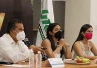 La educación es prioritaria para construir hacia el futuro: Indira Vizcaíno