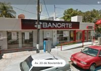 Asaltan a un hombre afuera de sucursal bancaria en Colima; lo despojan de 700 mil pesos