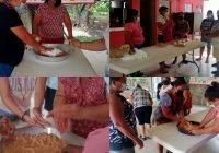 Imparten en las conchas el curso industrialización del cacahuate de modo artesanal