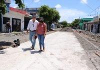 Ayuntamiento de Tecomán invierte 2.8 MDP del FAIS en la modernización de la calle Lazaro Cardenas.
