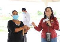 Ayuntamiento de Manzanillo entrega ayuda a familias para la reparación de sus hogares vulnerados por las pasadas lluvias  .