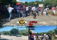 ¡Por si faltaba algo! Vecinos de Flor de Coco bloquean carretera libre; exigen agua potable