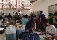 Regresan estudiantes a campus universitario de Coquimatlán