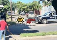 Aseguran camioneta con reporte de robo en la colonia Unión, en Tecomán