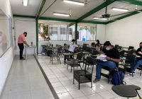 Realizan examen de titulación 34 jóvenes del Bachillerato 8 de Manzanillo