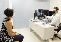 Paciente salva la vida y su seno con cirugía oncoplástica en el IMSS